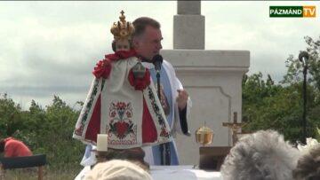 A pázmándi Három Kereszt szentelése Böjte Csabával – 2013.