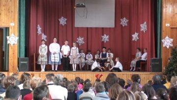 A pázmándi iskolások fenyőünnepe – 2014. HD