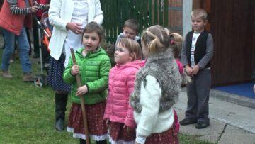 A pázmándi óvodások műsora a Márton napi Spájzoláson – 2015. HD