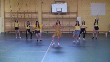 A 8. osztályosok Búcsú tánca – Pázmánd – 2021.